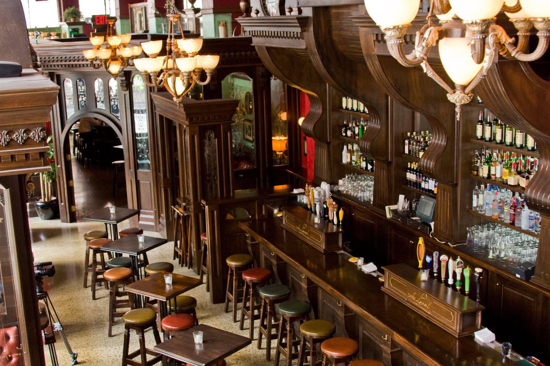 Irish pub design irish pub builder for Interior designs for pubs