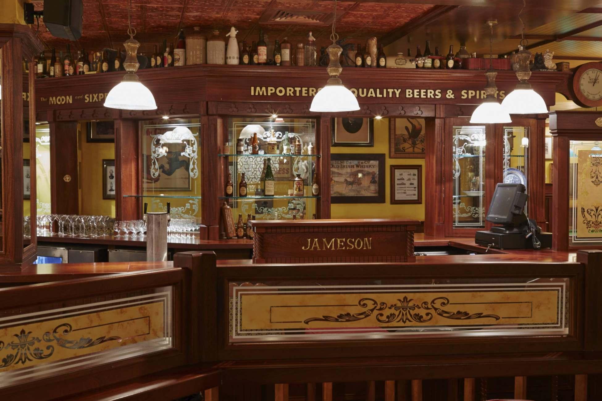 irish pub design ol irish pubs irish pub company and irish pub design ol irish pubs. Black Bedroom Furniture Sets. Home Design Ideas