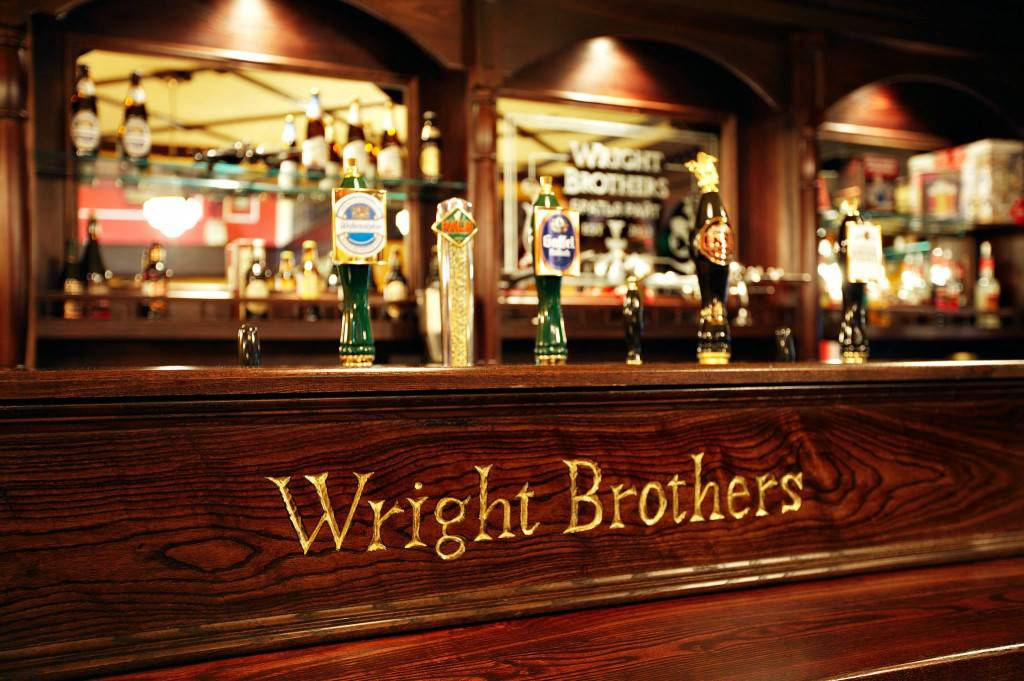 pub fit out russia ol irish pubs, irish pub company and irish pub design